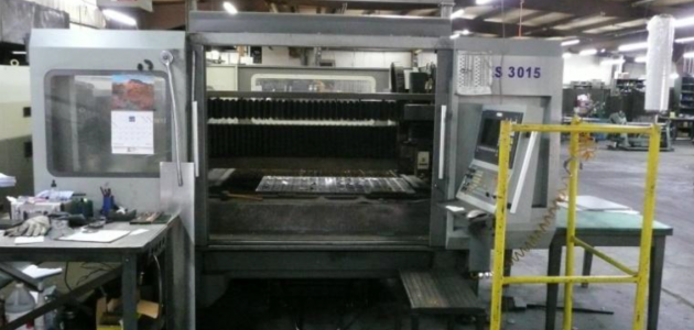Loading Doors Laser Machine